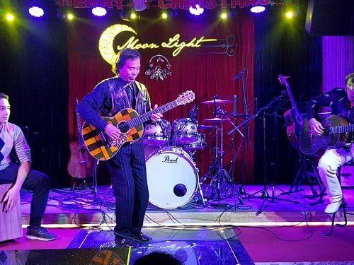 Thầy Chu Văn Đô dạy guitar nổi tiếng Hà Nội